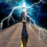 霊を視ると書いて「霊視」。どんな世界が見えるのか?
