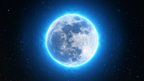月の光がもつ不思議なパワー!月光浴の神秘