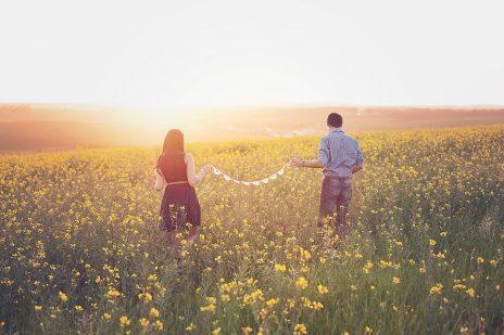 恋愛体質の女性の恋のパターン