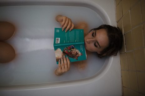 酒風呂でポカポカ。負のエネルギーを浄化しよう