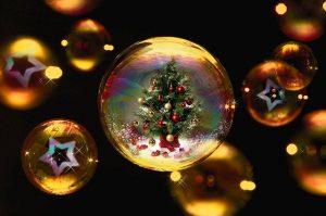 【意外と知らない】クリスマスソングに隠されたメッセージ3選!