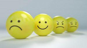 【職場】先輩から可愛がられる・嫌われる人の特徴はコレ!