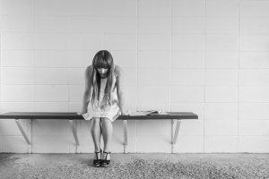 気持ちの整理が下手な人の特徴と解消法を解説
